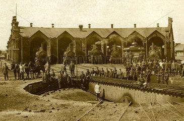 Lokschuppen  Drehscheibe  Dampfloks  Koenigsberg  um 1900