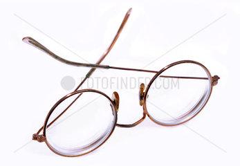 uralte Brille  30er Jahre