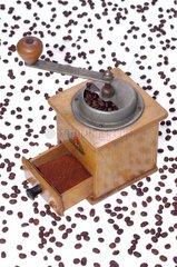 alte Kaffeemuehle 50er Jahre