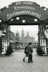 555 Jahre Dresdner Striezelmarkt  1989