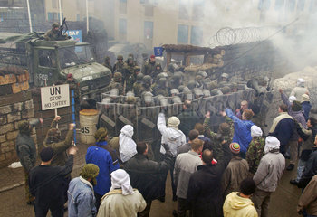 Bundeswehrmanoever in Hammelburg  Vorbereitung fuer Afghanistan-Einsatz  2002