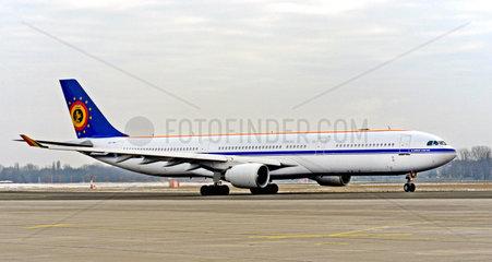 Airbus A330-322 CS-TMT