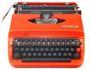 alte Schreibmaschine von Quelle  1975
