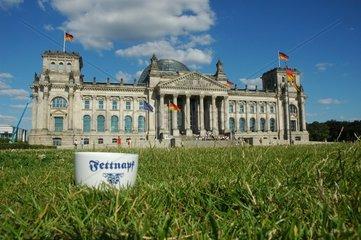 Fettnapf vor dem Reichstag