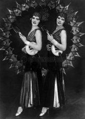 zwei Musikerinnen