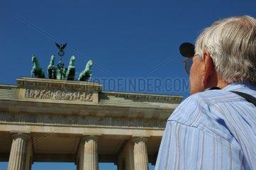 Tourist am Brandenburger Tor