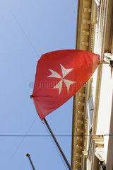 Malteser Kreuz Fahne