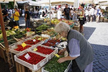 Marktfrau in Rom