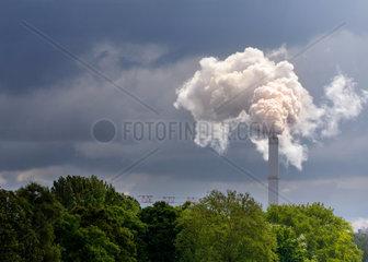 Fabrikschornstein