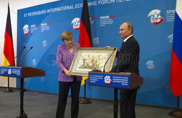 Merkel + Putin