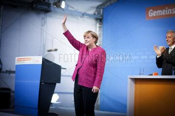 Merkel campaigns in Oschatz