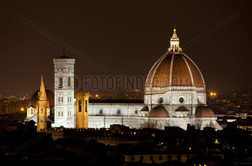 Santa Maria del Fiore  the Florence Duomo by night  Italy