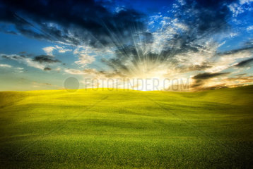 Wonderful infinity sunlight landscape with couds and sun