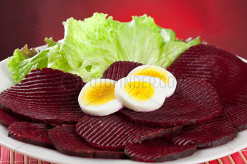 Beet salad with eggs