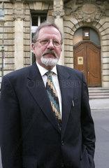 Mueller  Helmut