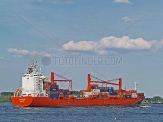 Containerschiff auf der Unterelbe Schleswig Holstein Deutschland Europa