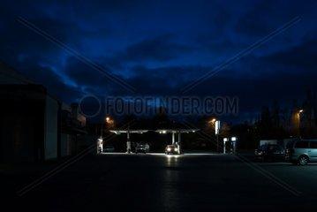 Tankstelle  Nacht