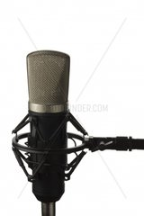 Studio-Mikrofon auf einem Staender