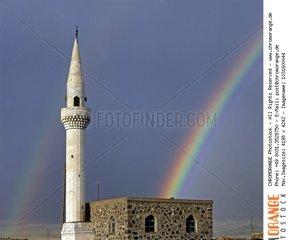 Moschee  Regenbogen  Ostanatolien  Tuerkei