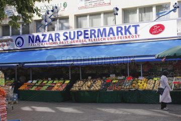 Tuerkische Supermarkt in Kreuzberg