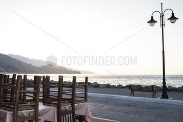 Leeres Restaurant auf Kreta