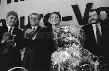 Krueger + Seite + Merkel