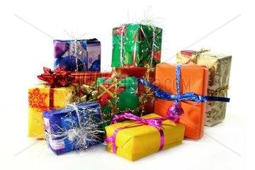 viele bunte Geschenke