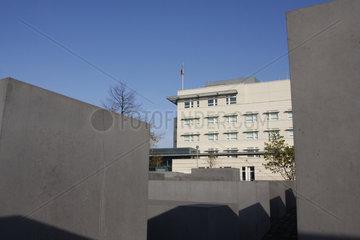 Holocaust Mahnmal vor dem Amerikanische Botschaft