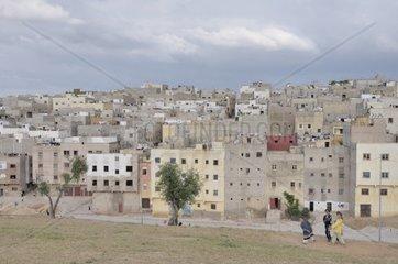 Haeuser und Wohnungen der aermeren Bevoelkerung  Siedlung ausserhalb von Fes  Marokko  Afrika