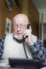 Telefonieren im Alter