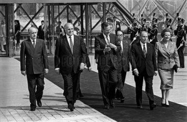 Delors + Kohl + Bush + Uno + Mitterrand + Thatcher