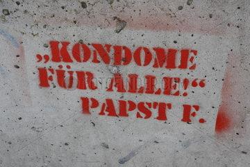 Kondome fuer Alle Papst F.