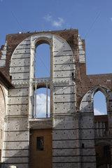 Dom von Siena Bogenfenster