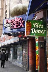 Kiez Doener und Paradise Point of Sex