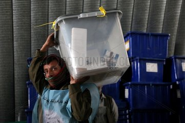 AFGHANISTAN-KABUL-ELECTION-VOTE-COUNT