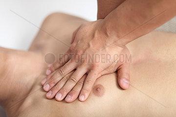 Druckpunkt zur Herzmassage