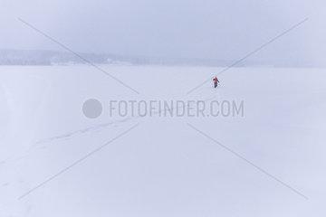 Schneeschuhwanderung am und ueber den Idresjoen.