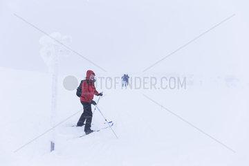 Auf Back-Country und Langlaufskier durch Schweden
