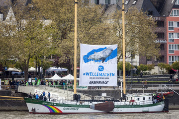 Greenpeace Beluga II