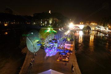 Sommer Nacht am Tiber