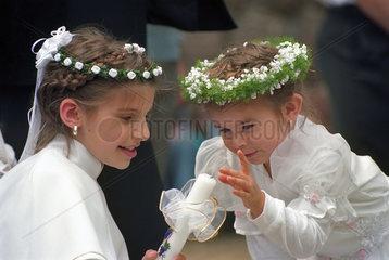 Maedchen bei d. Fronleichnamszeremonie  Poznan  Polen