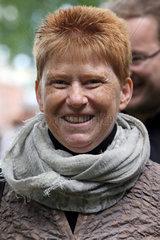 Hoppegarten  Petra Pau  Vizepraesidentin des Deutschen Bundestages im Portrait