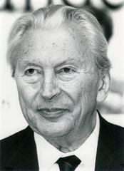 Kurt Georg Kiesinger  Ex-Bundeskanzler  Portraet 1985