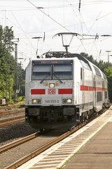 Doppelstock Intercity Zug der Deutschen Bahn