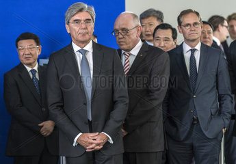 Zhang Jianlong + Kaeser + Wolke + Mueller