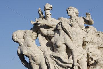 entbloesste Helden in Rom