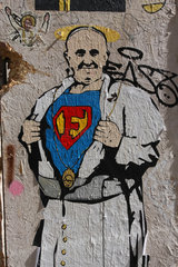 Superman Franziskus