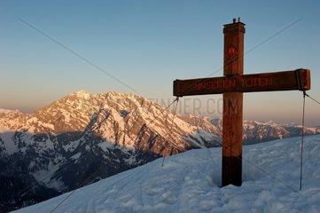 Am Gipfel des Fagstein 2.164m mit Blick auf die Watzmann-Ostwand