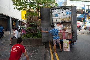 Singapur  Republik Singapur  Lieferant in Chinatown