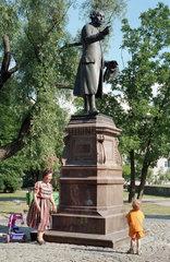 Immanuel-Kant-Denkmal in Kaliningrad  Russland